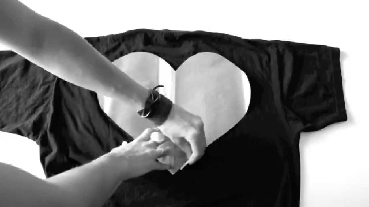 DIY BLACK HEART TEE-SHIRT - Fashion tutorial