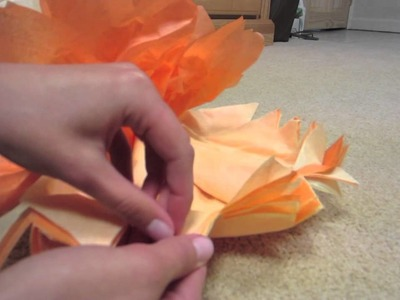 DIY: Easy Decorative Tissue Paper Pom Poms