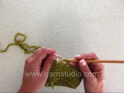 DROPS Crochet Tutorial: How to crochet sc (US). dc (UK) in the round