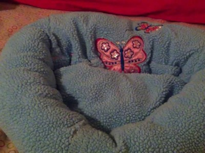 How to make a cat or dog bed out of a sweater or T-shirt