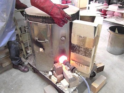 Firing the altered Raku kiln - Clay Craft Malaysia