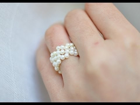 How to make a continious bead daisy flower ring or bracelet