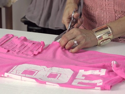 How to Cut T-Shirts to Look Torn : DIY Shirt Alterations