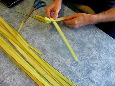 How to make an Easter Palm Cross