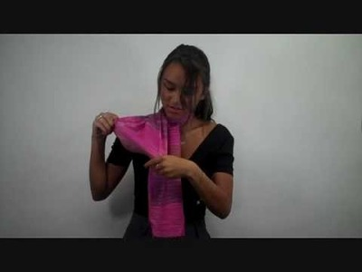 How to Tie a Scarf: Half Bow