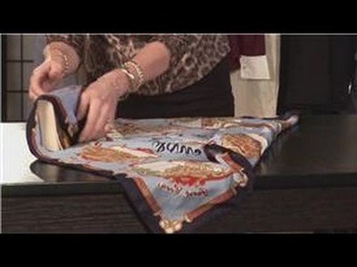 Scarves as Accessories : How to Gift Wrap a Scarf