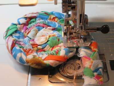 Fabric Strips Braided Rag Rug Coaster - How to Begin & End