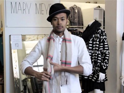 How to Tie a Thick Scarf : Scarves, Bow Ties & More