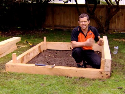 How to Build a Raised Vege Garden | Mitre 10 Easy As