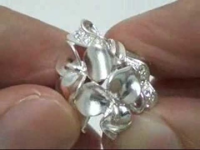 Pretty Solid Flower Cubic Zirconia Sterling Silver Ring