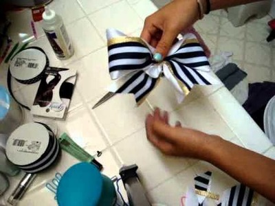 How to Make a Cheerleading Bow [part 2]