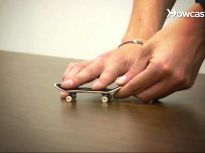 How to Do an Ollie | Fingerboarding