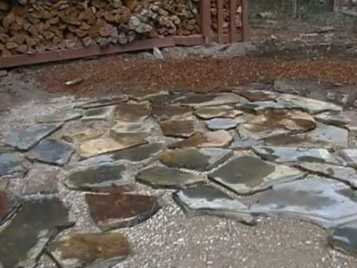 How To Lay a Flagstones Patio(Part 1of2).MP4