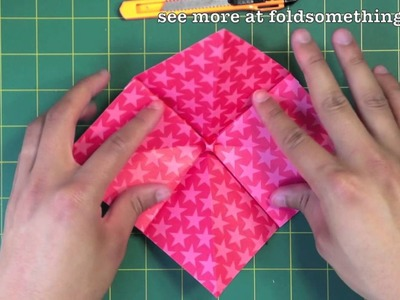How to make a bow out of paper (cutting involved)
