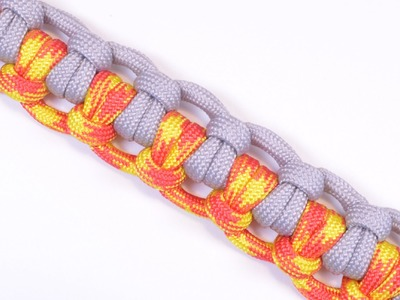 """How to make """"The Half Hitch"""" Paracord Survival Bracelet - BoredParacord"""