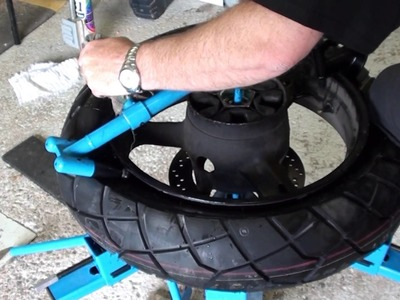 Idiot's guide to Suzuki V-Strom 1000 Rear Tire Change
