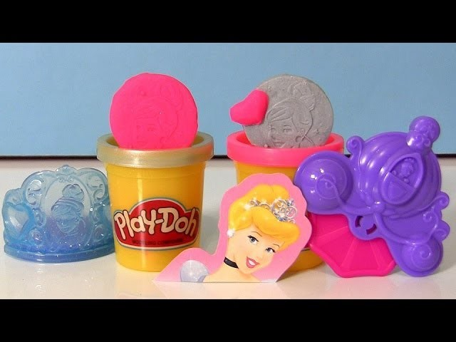 Play Doh Sparkle Disney Princess Cinderella Kit -  Decorate her Tiara with sparkling Play Dough