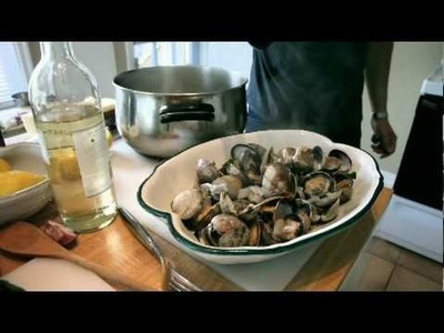 How to cook clams. An easy and delicious recipe for steamed manila clams