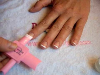 "♥ Perfect French Tips with this Tool ♥  Tutorial ""Happy Dipping 101"" ♥"