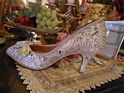 """Shoes Make Over Using """"NEWSPAPER"""""""
