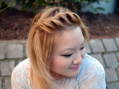 How To: Front Side Twist Hairstyle {Quick & Easy}