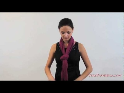 How To Tie A Scarf Around Your Neck - Style 03