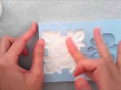 How to use a silicone Mold for fondant. gumpaste. sugar paste (using LaCupella Refined Mold)