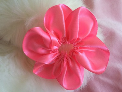 DIY: How to make six petal Kanzashi ribbon flower