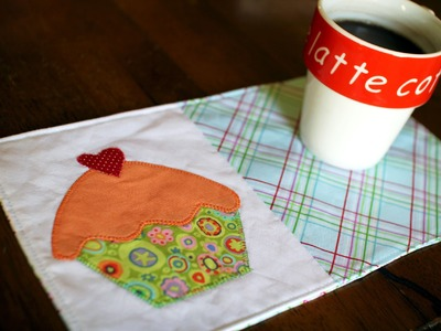 How to Make a Mug Rug- Cupcake Applique