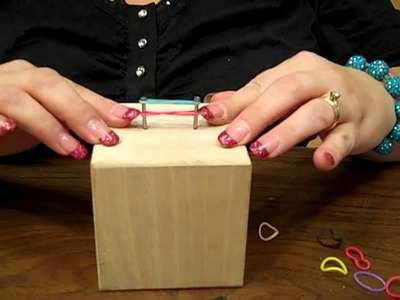 How-to: Make a Rubber Band Loom Bracelet