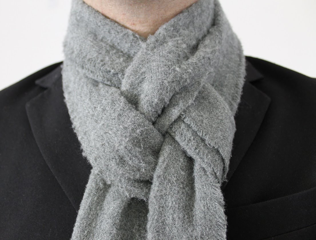 How To Tie a Man's Scarf The Pretzel Knot
