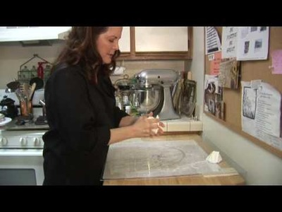 Cake Decorating : How to Make Homemade Wedding Cakes