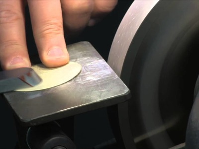 Sharpening a Scraper - Woodturning How-to Tutorial