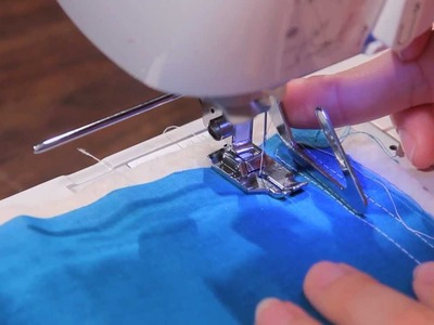 How to Use a Quarter Inch (1.4)  Foot & Quilting Bar. Guide