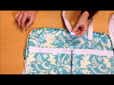 How to attach Straps & Handles to a bag with Simplicity Creative Group