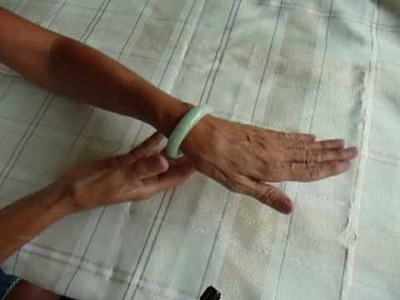 How to Remove a Too Tight Jade Bangle Bracelet