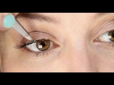 Lisa Eldridge - How To Apply Individual False Eyelashes Tutorial
