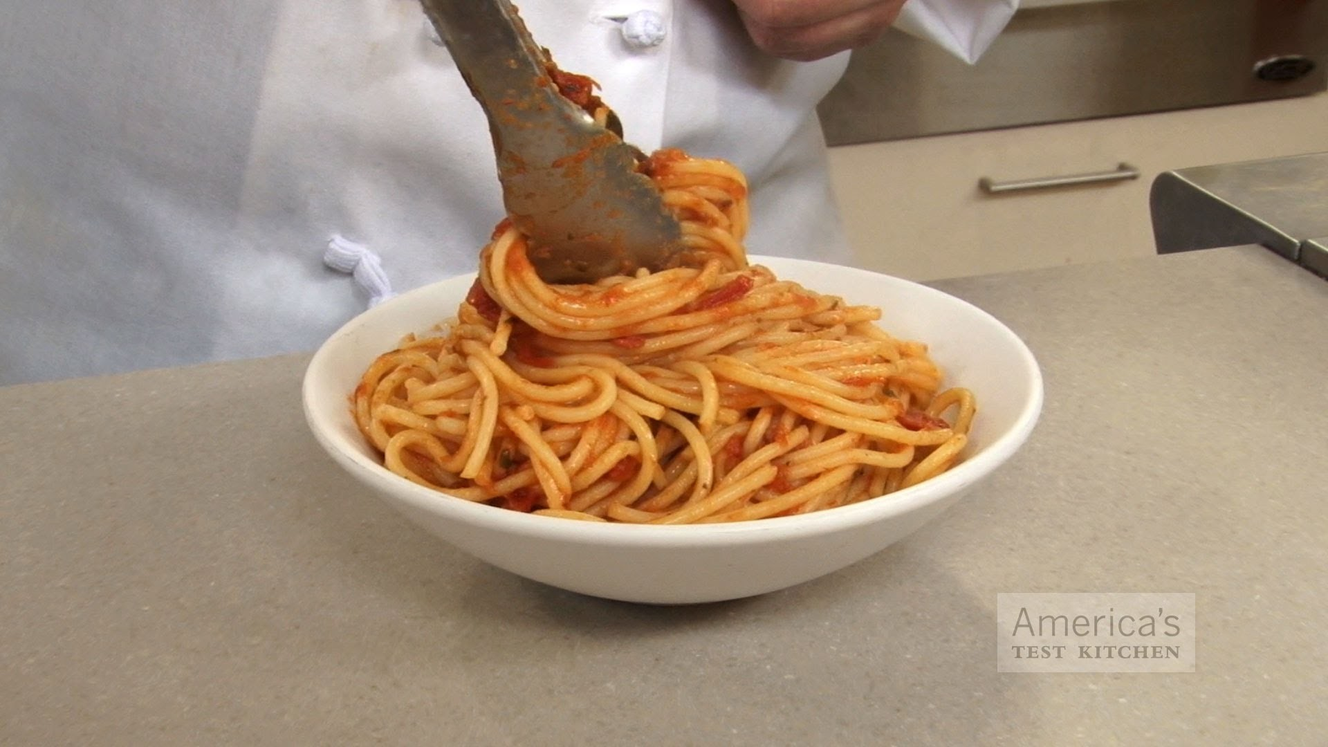 Super Quick Video Tips: How to Cook Pasta Perfectly