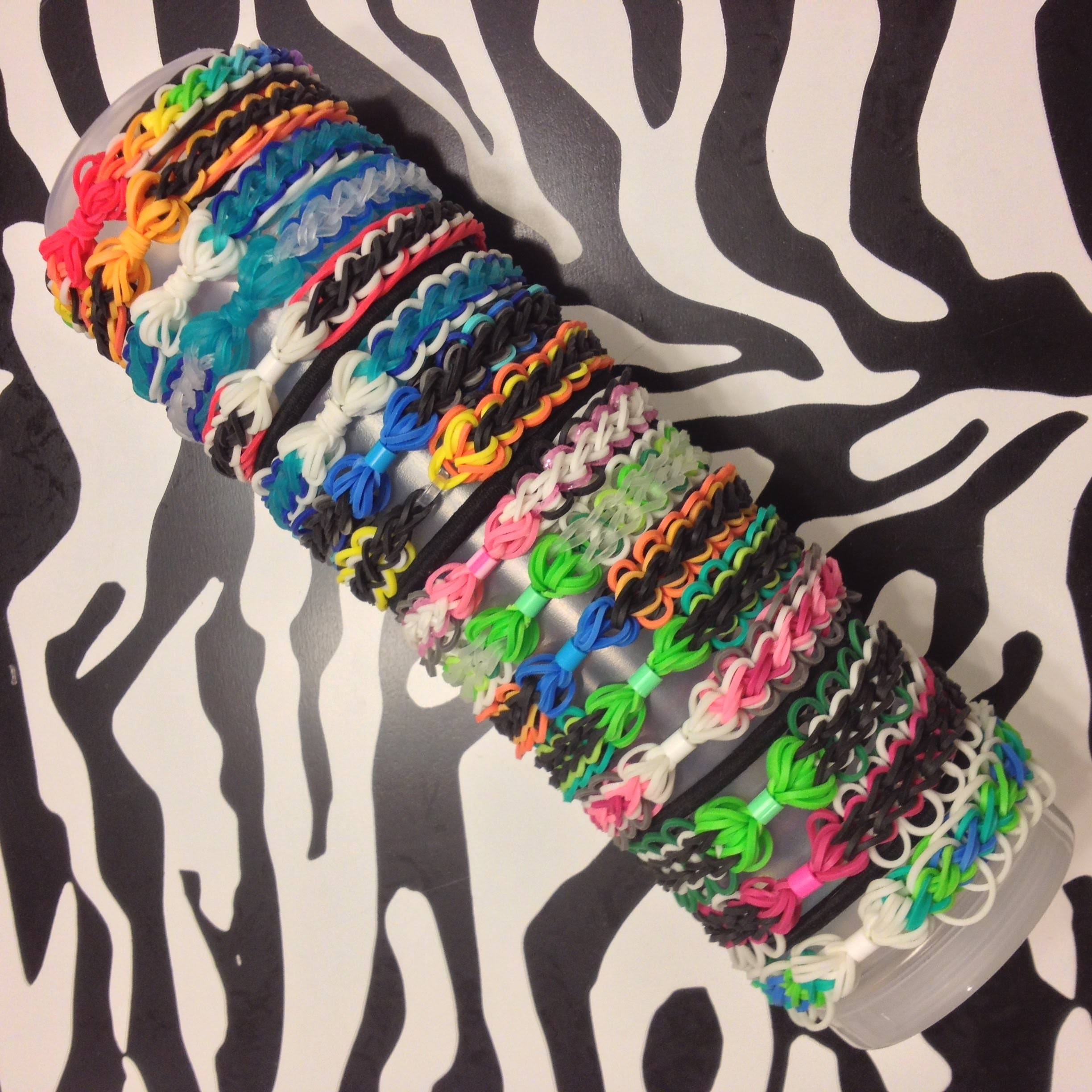 Bow And Chain Bracelet On Rainbow Loom (Part 1)