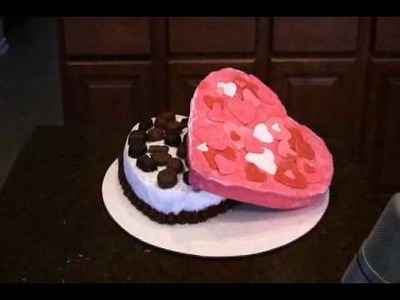 HOW TO MAKE A VALENTINES DAY CAKE