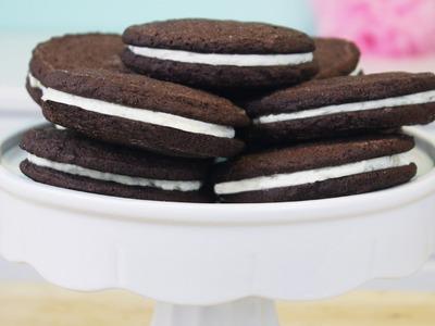 How to Make Homemade Oreo Cookies!