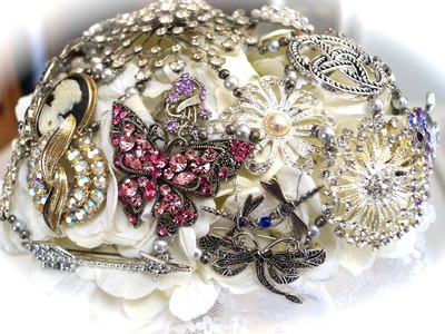 Making Brooch Bouquets