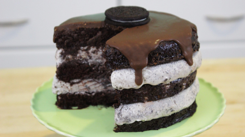 How to Make Oreo Ice Cream Cake!