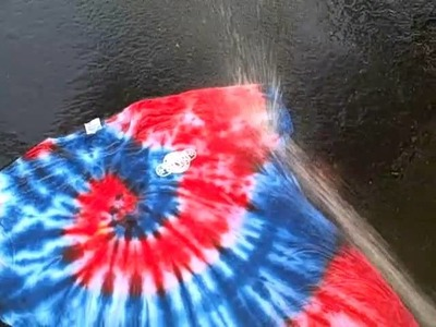 How To Finish Your Tie Dye Shirt. Rinsing Out Tutorial