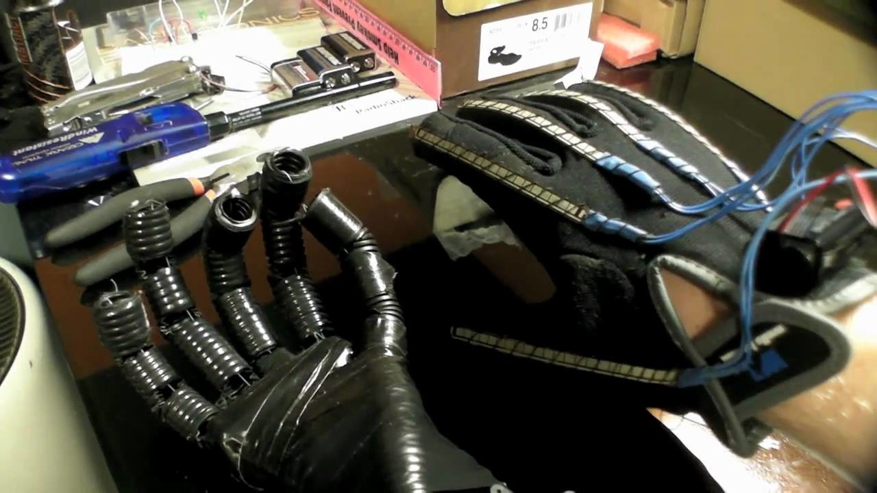 Arduino Wireless Animatronic Hand
