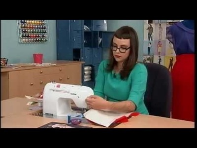 504-2 Gretchen Hirsch shows how to add underlining to a skirt on It's Sew Easy