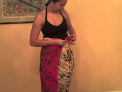 How to wear a batik sarong