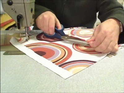 Putting a zip in a piped cushion cover