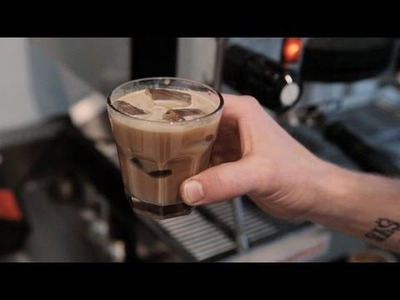 How to Make an Iced Latte | Perfect Coffee
