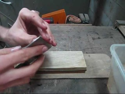 How to sharpen a hand plane very fast.